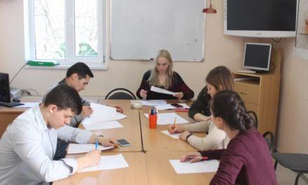 При храме Александра Невского в с. Вареновка открыт Английский языковой клуб
