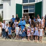 Настоятель храма с. Николаевка провел урок-знакомство для учащихся общеобразовательной школы села.