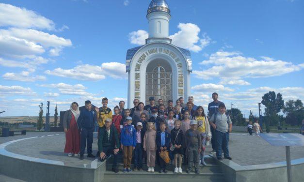 Коллектив воскресной школы Всехсвятского прихода г.Таганрога совершил экскурсию по музейному военно-историческому комплексу «Самбекские высоты»